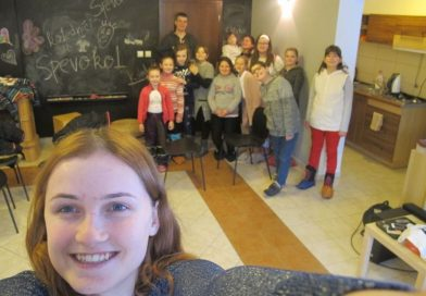 Pokolednícke stretnutie detí a animátorská lyžovačka