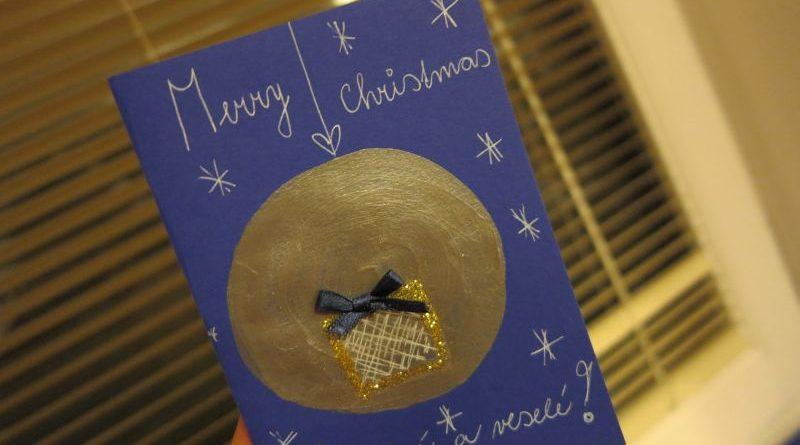 Deti vyrábali vianočné pohľadnice pre našich chorých